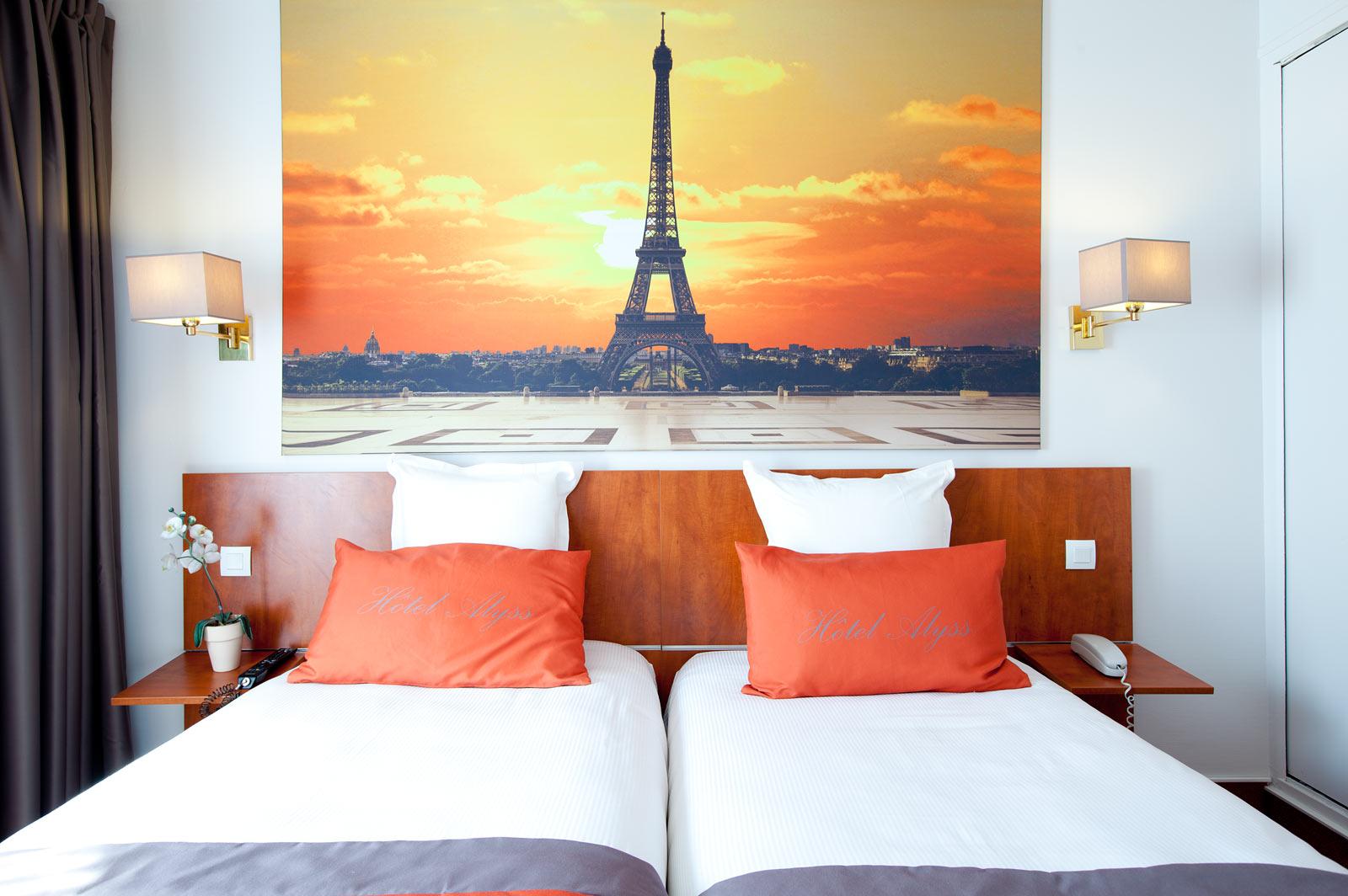 Hotel Saphir Grenelle Photos Hotel Alyss Saphir Cambronne Eiffel In Paris